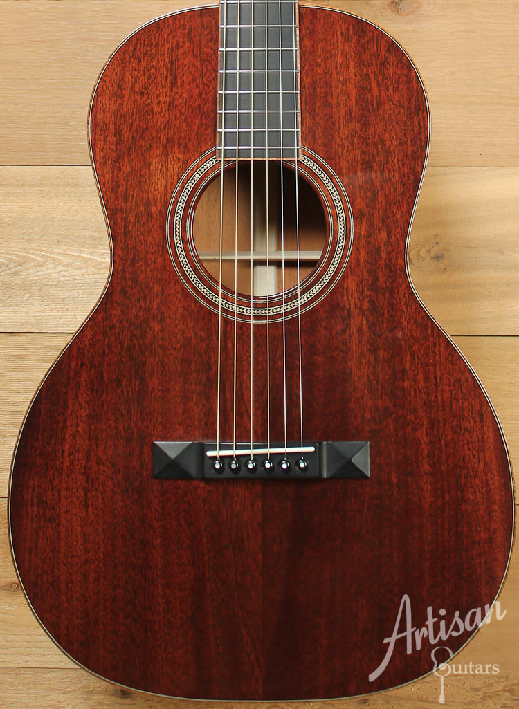Huss and Dalton 00SP Custom Sinker Mahogany with Koa Bindings ID-7839