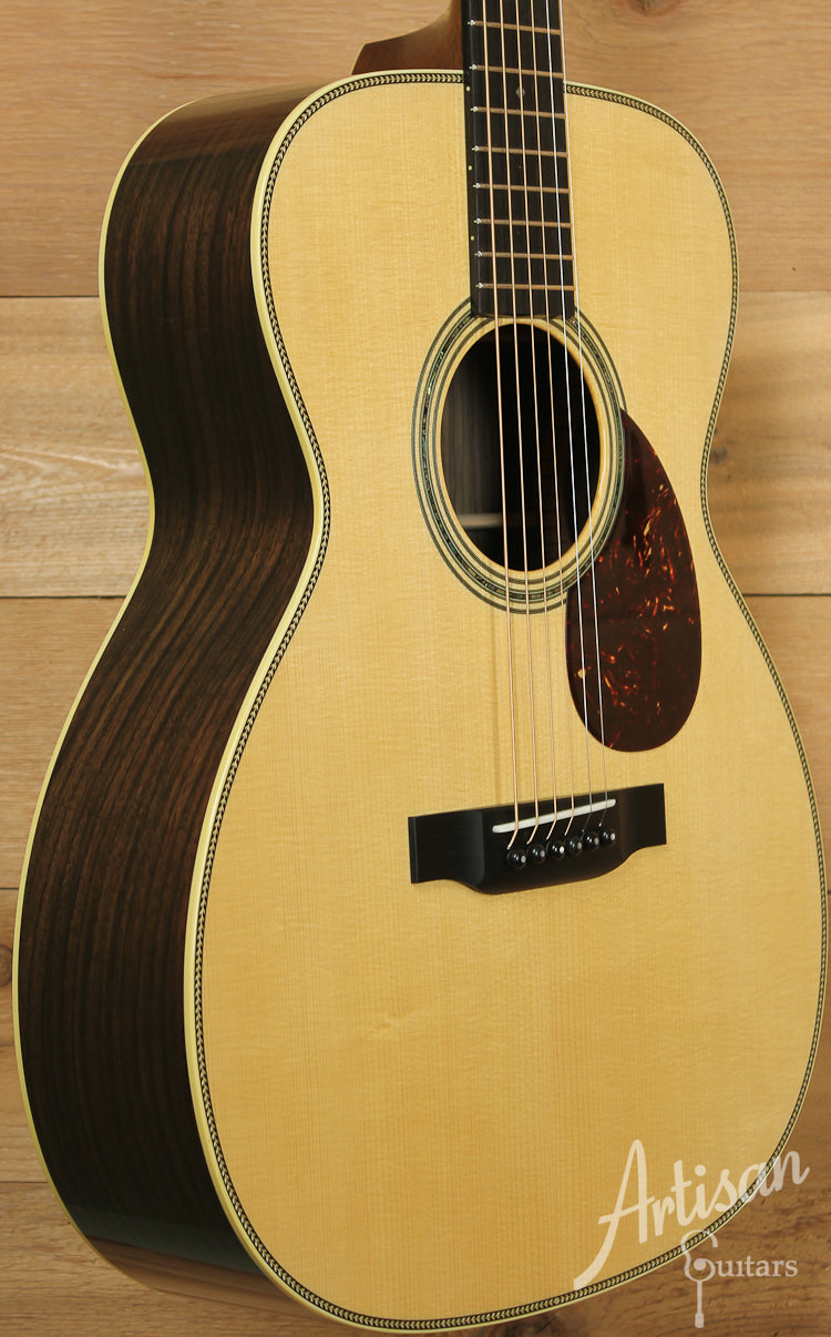 Collings OM2H G Varnish German Spruce and Indian Rosewood with Varnish ID-7702
