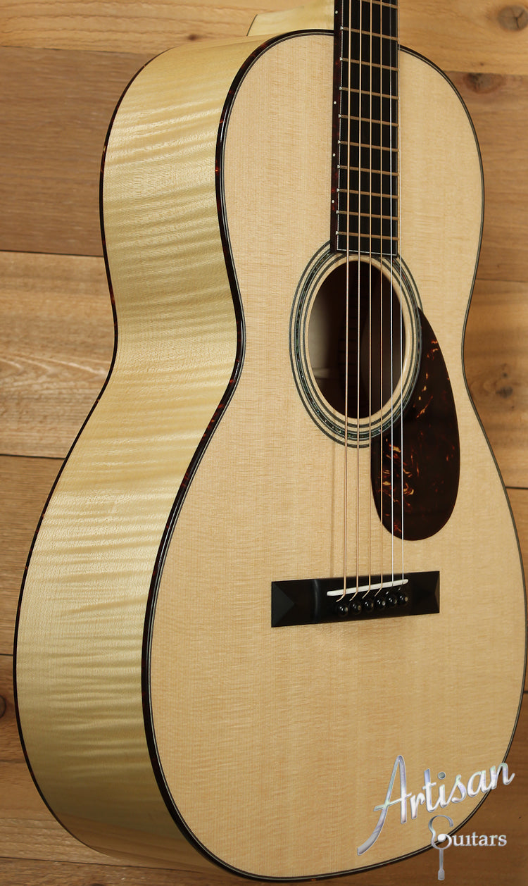Collings 03 Maple 12 Fret with Sitka Spruce and Maple ID-7671 - Artisan Guitars