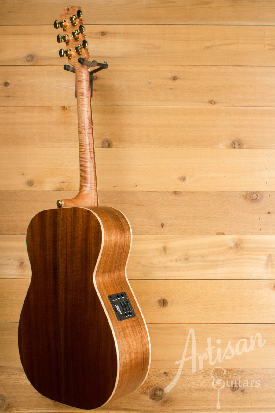 Maton EBG808 Artist Series Sitka Spruce and Blackwood ID-11194 - Artisan Guitars