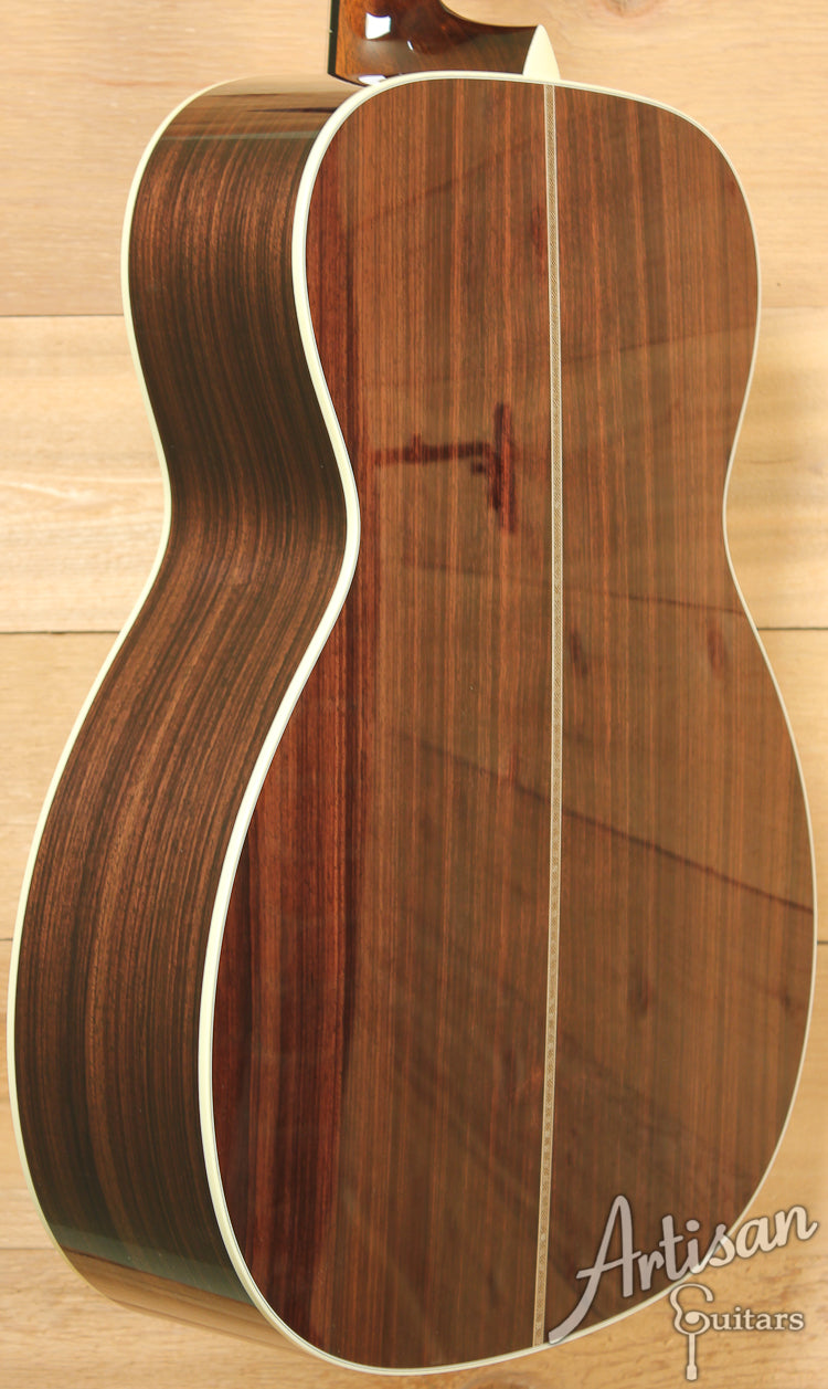 Collings OM2H A Adirondack Spruce and Indian Rosewood ID-7577 - Artisan Guitars