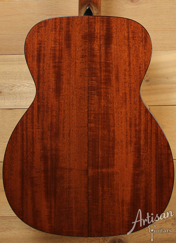 Collings OM1 A Custom Adirondack Spruce and Mahogany with Adirondack Braces and Varnish Finish ID-7723