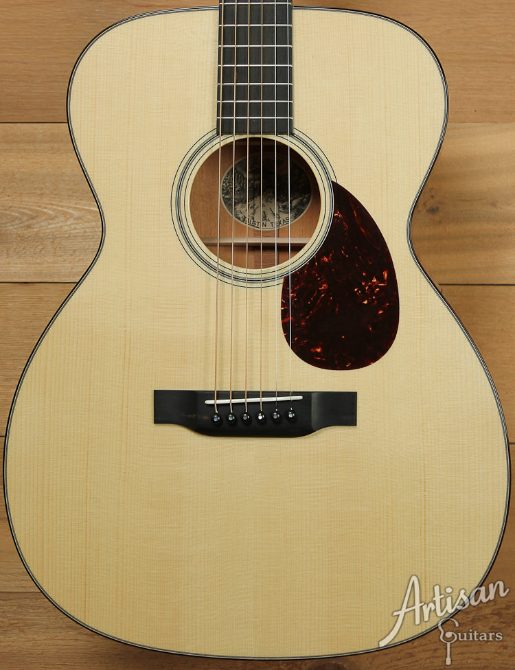 Collings OM1A Adirondack Spruce and Mahogany with No Tongue Brace ID-8030 - Artisan Guitars