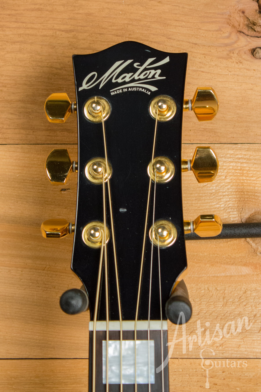Maton ECJ85 Custom Jumbo Guitar with Sitka Spruce and Rock Maple Pre-Owned 2009 ID-11214 - Artisan Guitars