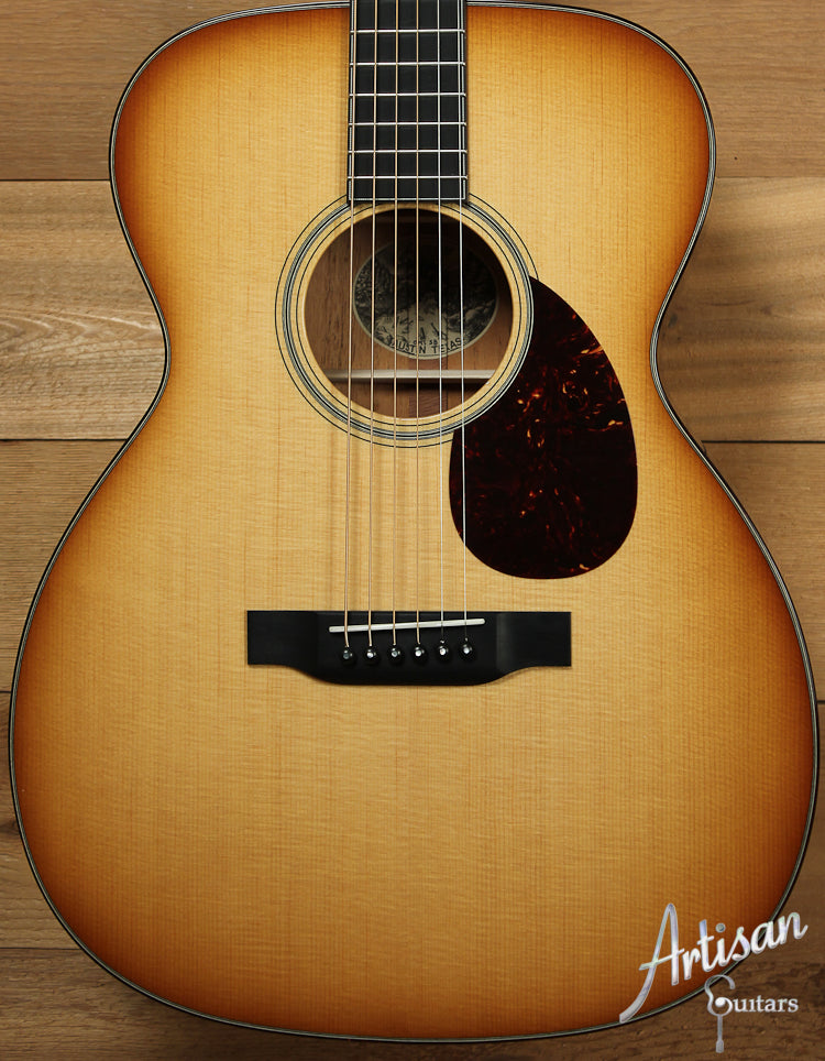 Collings OM1 SB Select Sitka Spruce and Mahogany with Western Sunburst ID-7655