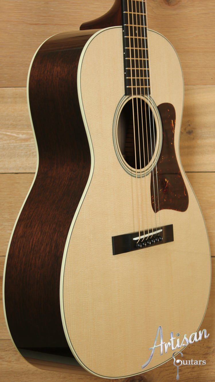 Collings C10 Sitka Spruce and Walnut ID-7653 - Artisan Guitars