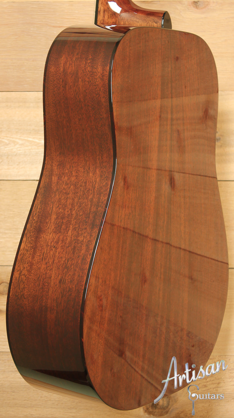 Huss and Dalton TD M Thermo-Cured Appalachian Red Spruce and Sinker Mahogany with Hot Hide Glue ID-7672