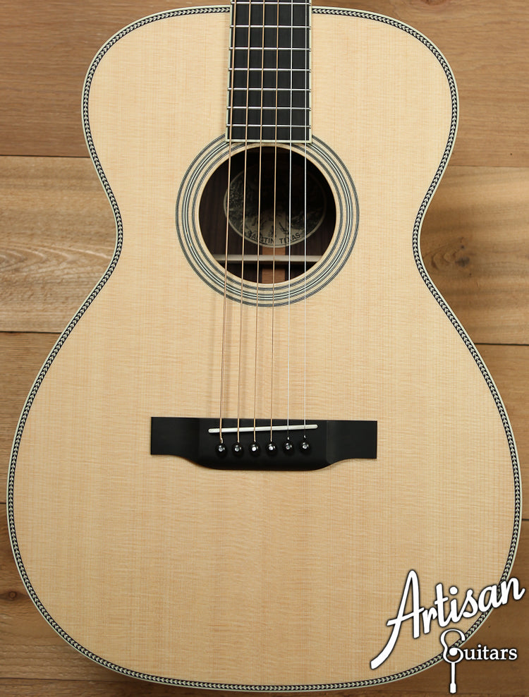 Collings 02H Sitka Spruce and Indian Rosewood ID-7094