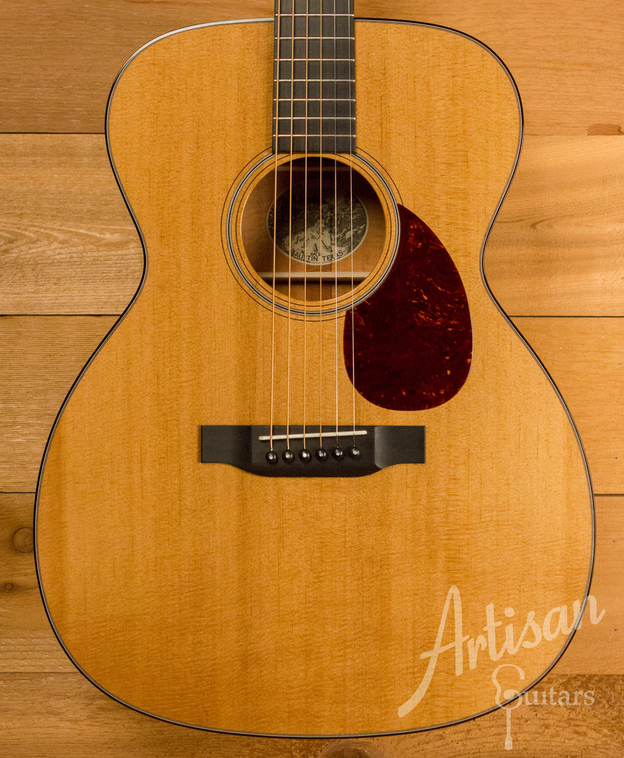 Collings Custom OM1 Guitar Baked Sitka Spruce and Mahogany Short Scale Pre-Owned 2016 ID-11275 - Artisan Guitars