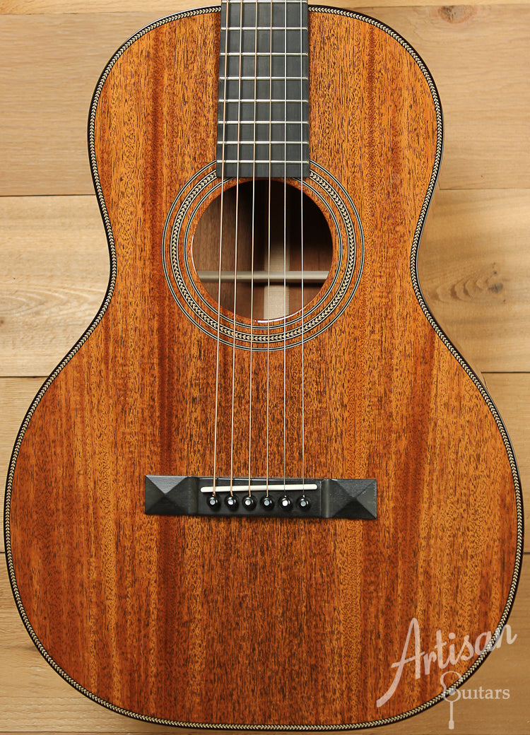 Huss and Dalton 0SP Custom Sinker Mahogany Parlor Guitar ID-7955 - Artisan Guitars
