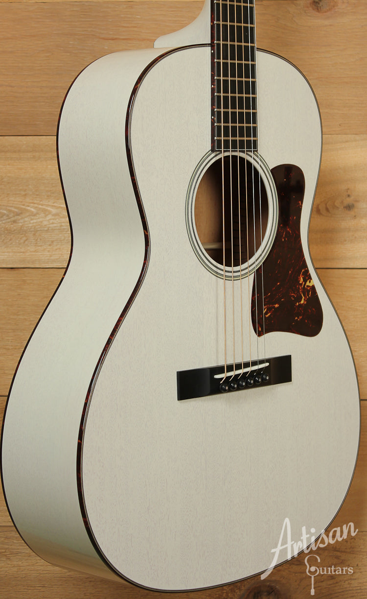 Collings C10 Mh Mh Mahogany with Custom Vintage White Stain and Tortoise Peghead Veneer ID-8541