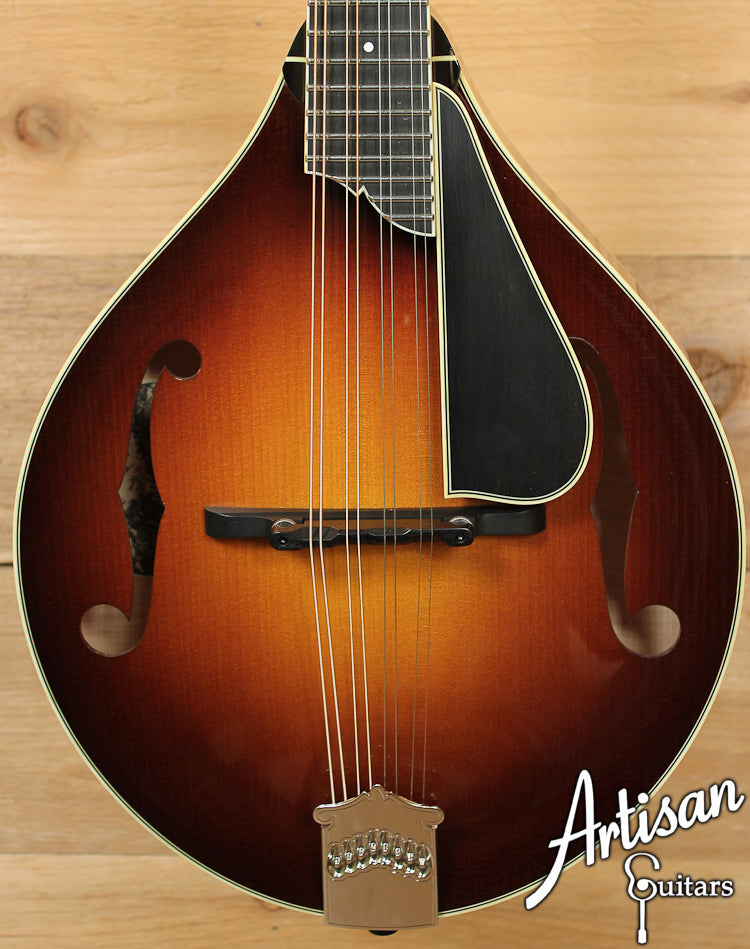 Collings MT2 V A Style Mandolin with Varnish Finish ID-7077 - Artisan Guitars