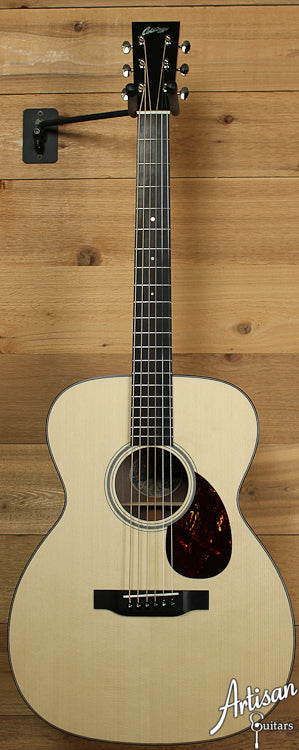 Collings OM1 Walnut G German Spruce and Walnut ID-6924 - Artisan Guitars