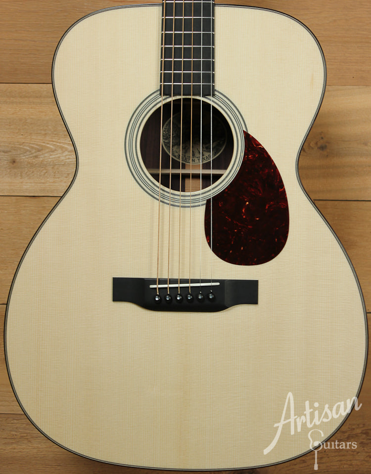 Collings OM2G German Spruce and Indian Rosewood Deep Body ID-8048