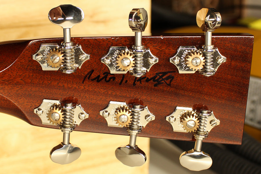 Colllings OM1 Pete Huttlinger Signature Model Pre-Owned 2012