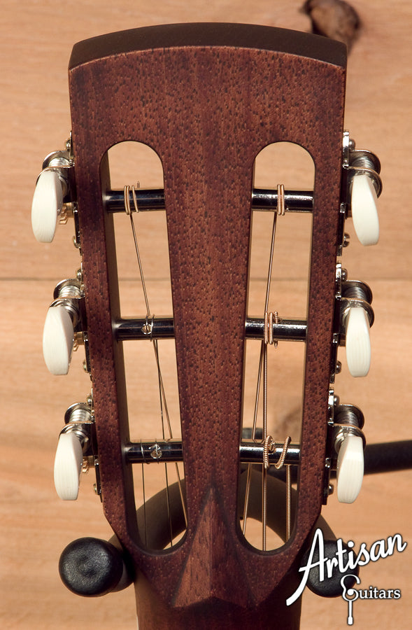 Huss and Dalton 00-SP Engelmann Spruce and Indian Rosewood ID-5575 - Artisan Guitars