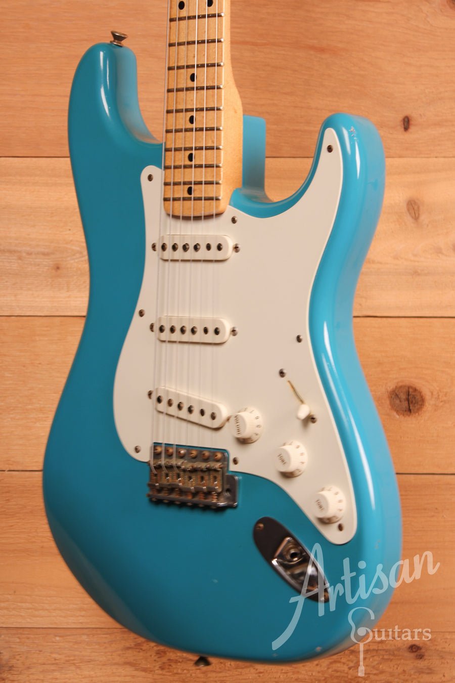 Fender Custom Shop Dave's Guitars 25th Anniversary Stratocaster Relic Taos Turqoise Finish Pre-Owned 2007 ID-11356