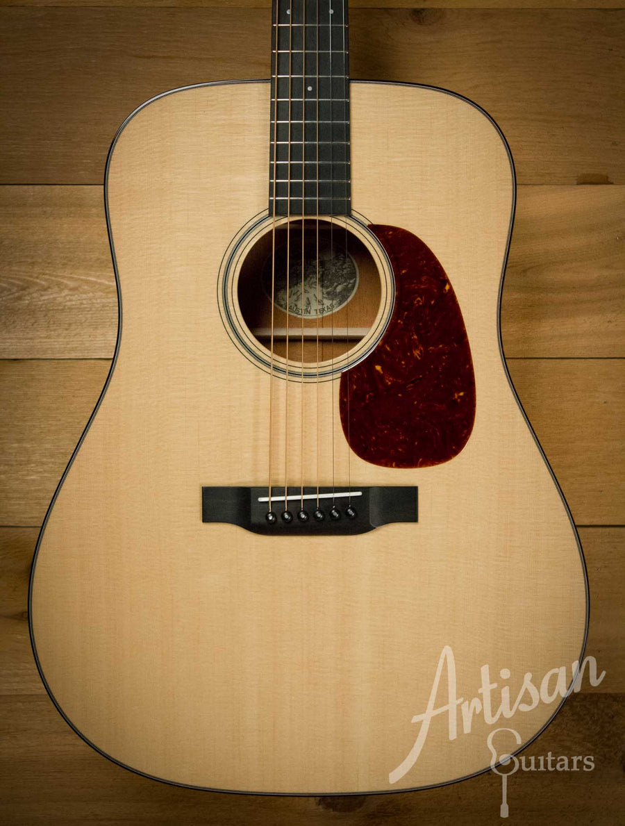 Collings D1 Guitar Sitka Spruce and Mahogany ID-10183 - Artisan Guitars