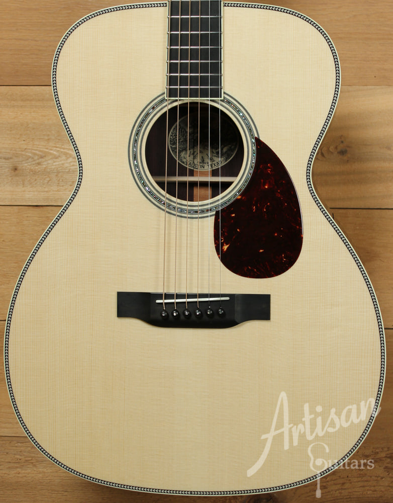 Collings OM3HG Guitar German Spruce and Indian Rosewood Pre-Owned 2015 ID-10787 - Artisan Guitars