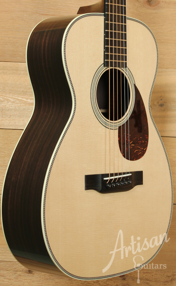 Collings 02H Select Sitka Top and Indian Rosewood ID-8852