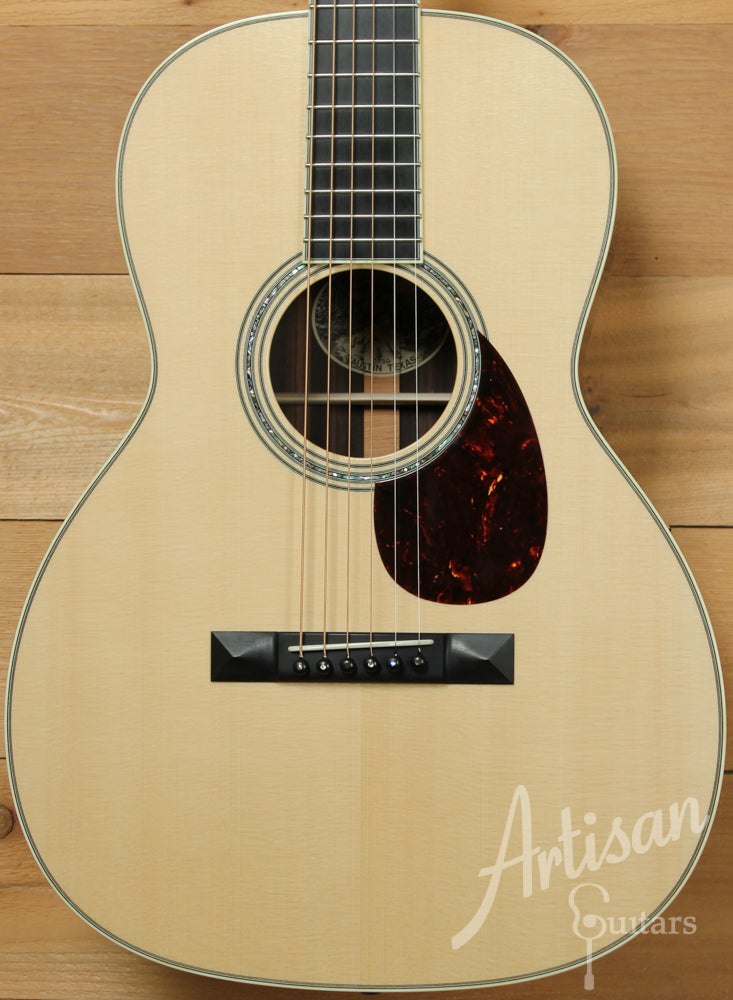 Pre Owned 2014 Collings Custom 003 G German Spruce and Indian Rosewood with Adirondack Bracing ID-9424 - Artisan Guitars