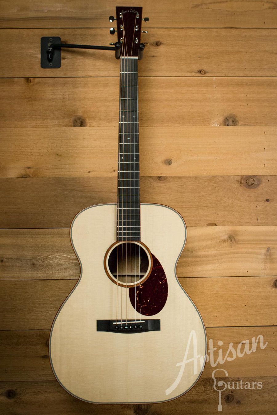 Huss and Dalton TOM-R Traditional OM Custom with Italian Spruce and Katalox Back & Sides Pre-Owned 2014 ID-9178 - Artisan Guitars