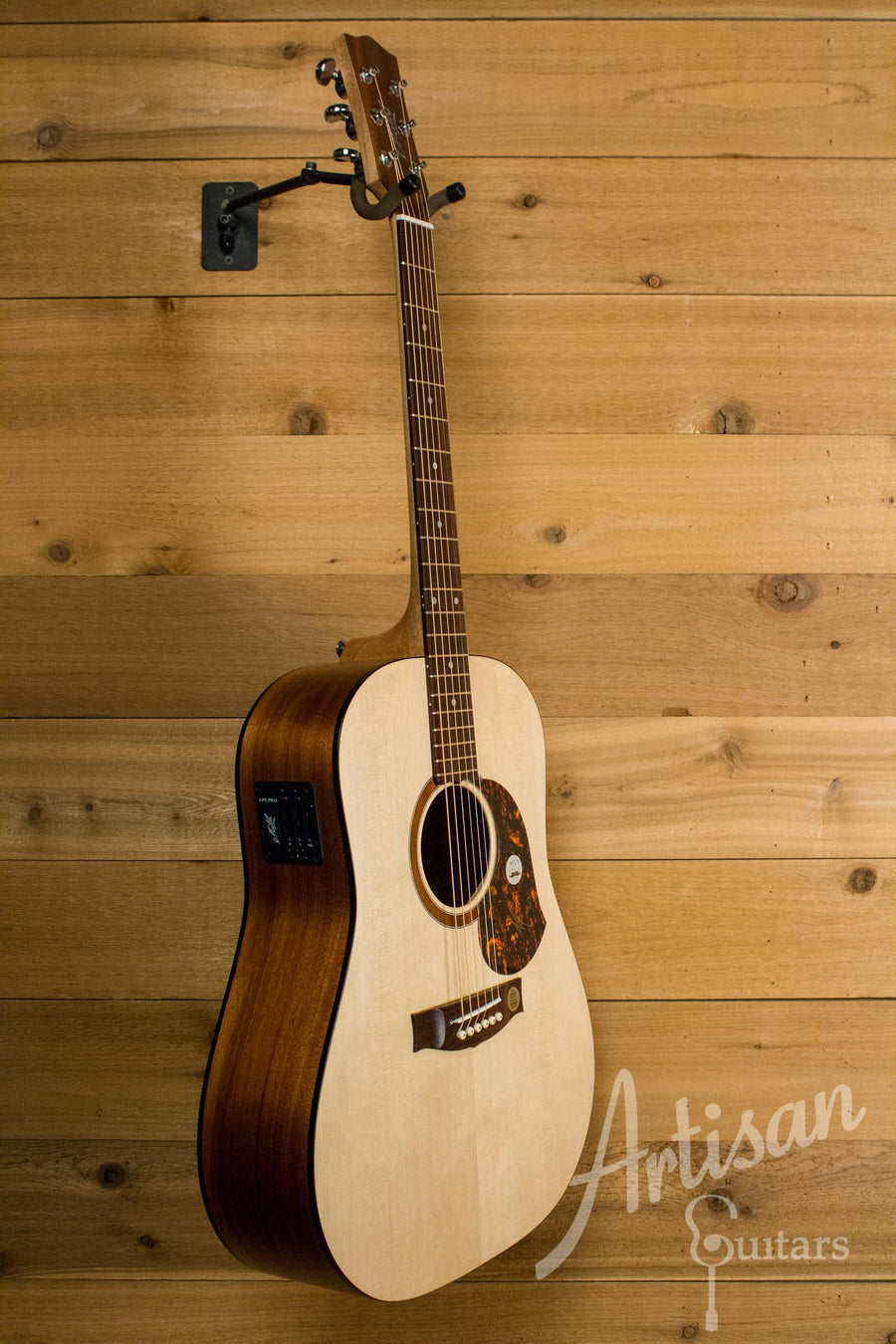 Maton SRS70 Guitar Solid Road Series Sitka and Blackwood AP5 Pro ID-10545