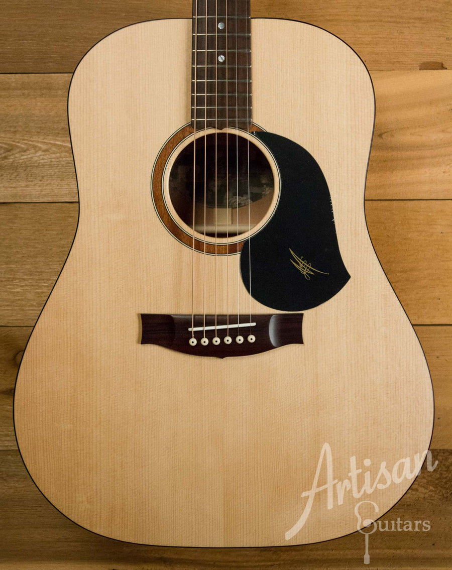 Maton S60 Guitar Bearclaw Sitka Spruce and Queensland Maple ID-10555