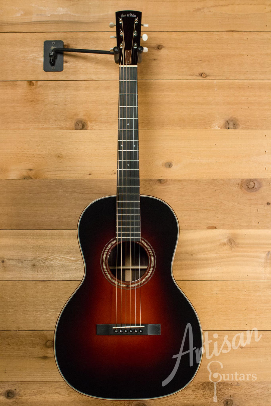 Huss and Dalton 00 Guitar Engelmann Spruce and Indian Rosewood with Sunburst Pre-Owned 2009 ID-10575 - Artisan Guitars