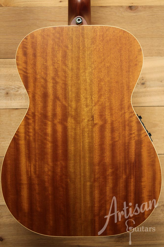 Maton EBG808TE Tommy Emmanuel Signature Sitka and Queensland Maple with AP5-Pro pickup ID-9495 - Artisan Guitars