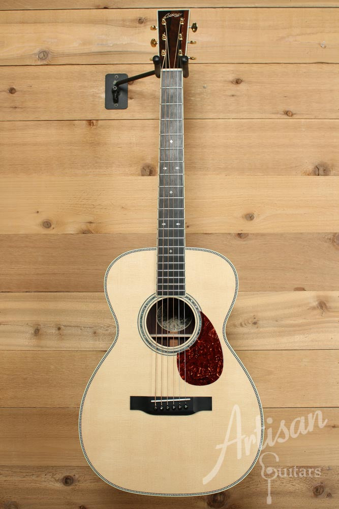 Collings 03H Sitka Spruce and Indian Rosewood ID-8871 - Artisan Guitars