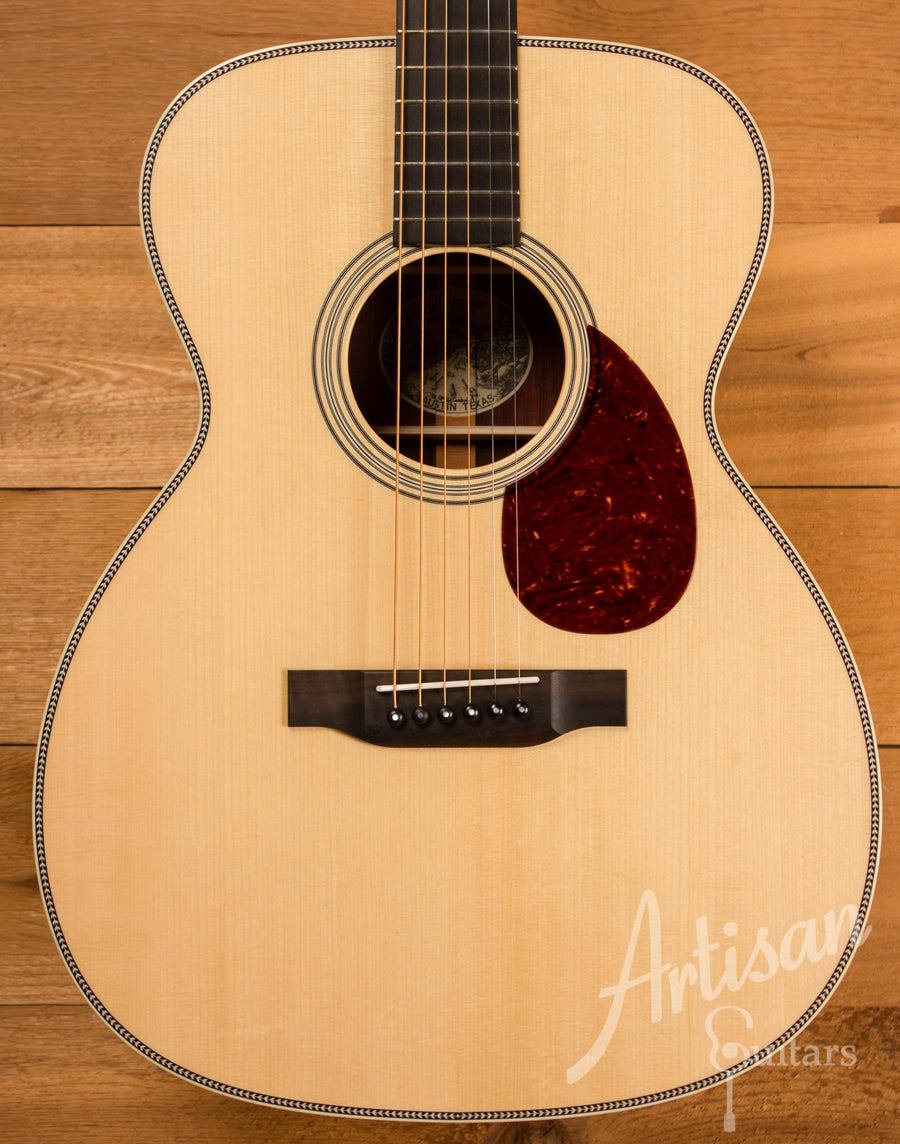 Collings OM2H Guitar Cocobolo and Adirondack  ID-10447 - Artisan Guitars