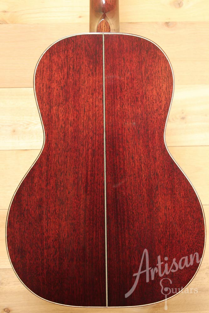 Huss and Dalton 00 Custom Thermo Cured Adirondack and Mahogany ID-9641 - Artisan Guitars