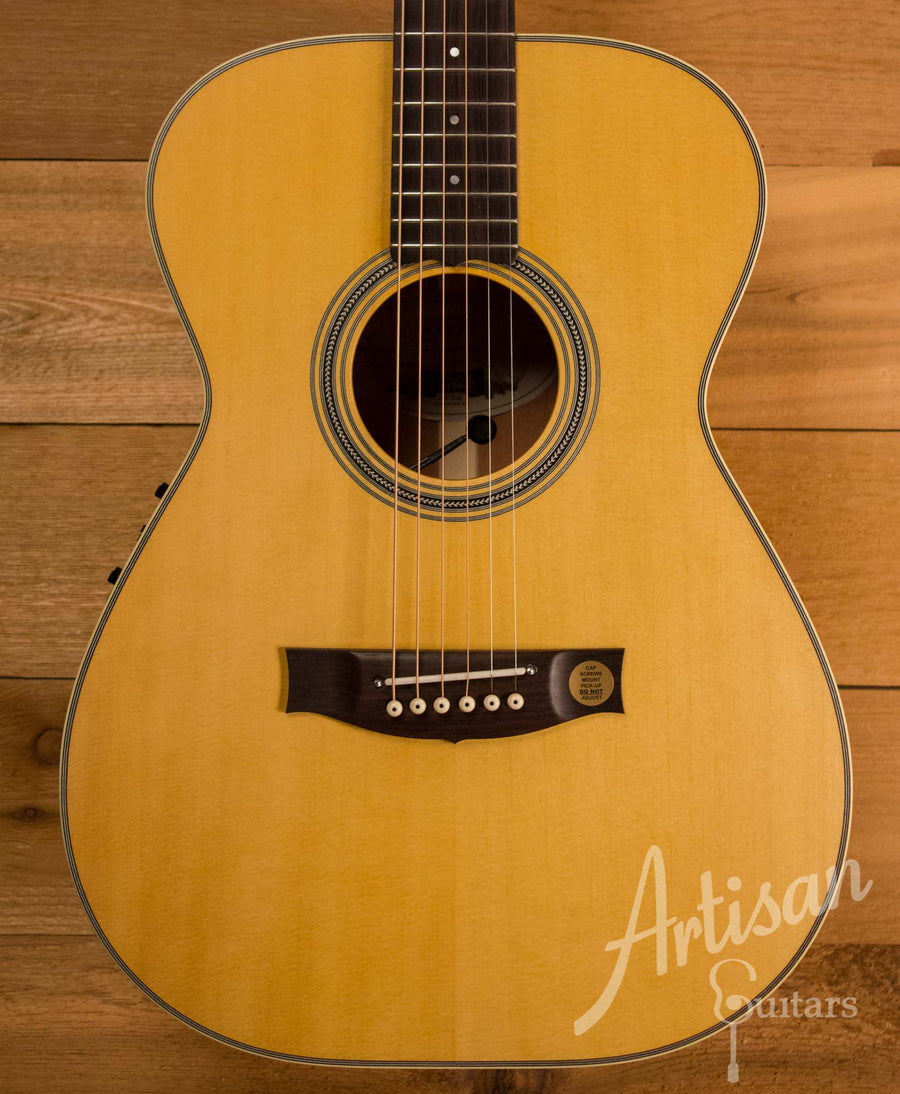 Maton T.E Personal Guitar Sitka Spruce and Queensland Maple ID-10693 - Artisan Guitars
