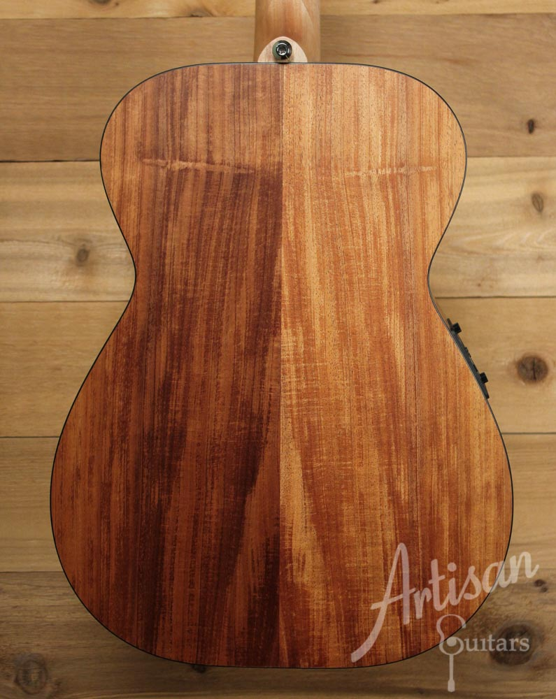 Maton SRS808 Western Red Cedar and Solid Blackwood ID-9676