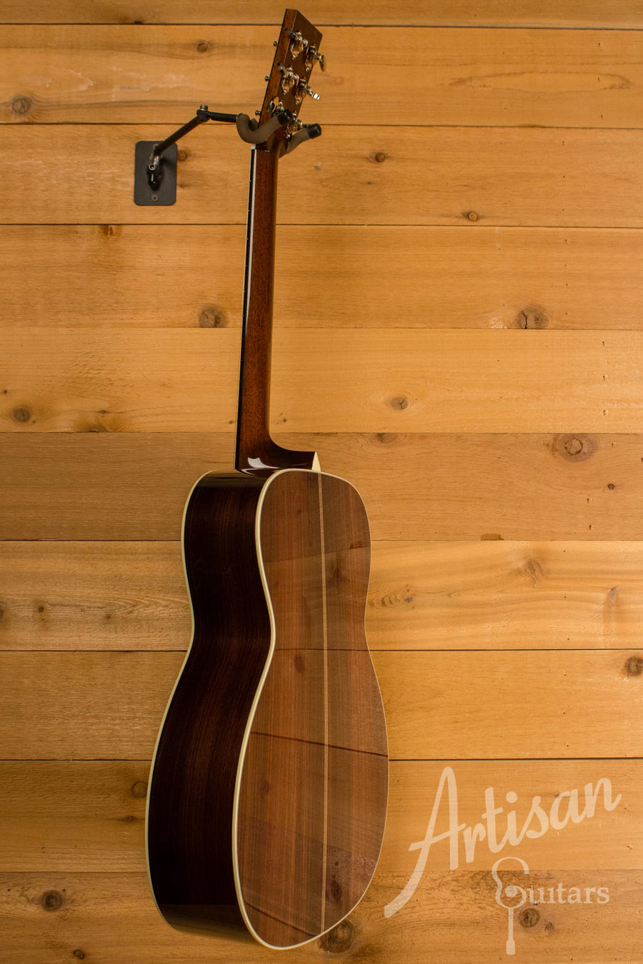 Collings OM2H G German Spruce and Indian Rosewood ID-10713 - Artisan Guitars