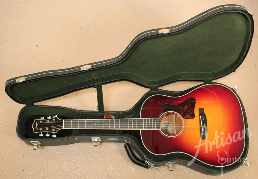 Pre Owned 2013 Collings CJ Mh A SB Adirondack and Mahogany Sunburst ID-7279 - Artisan Guitars