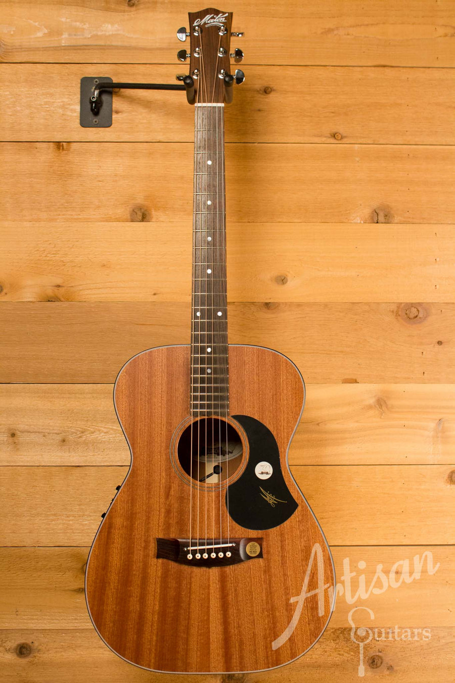 Maton M808 Guitar Sapele Top, Back, and Sides with AP5 Pro pickup ID-10720