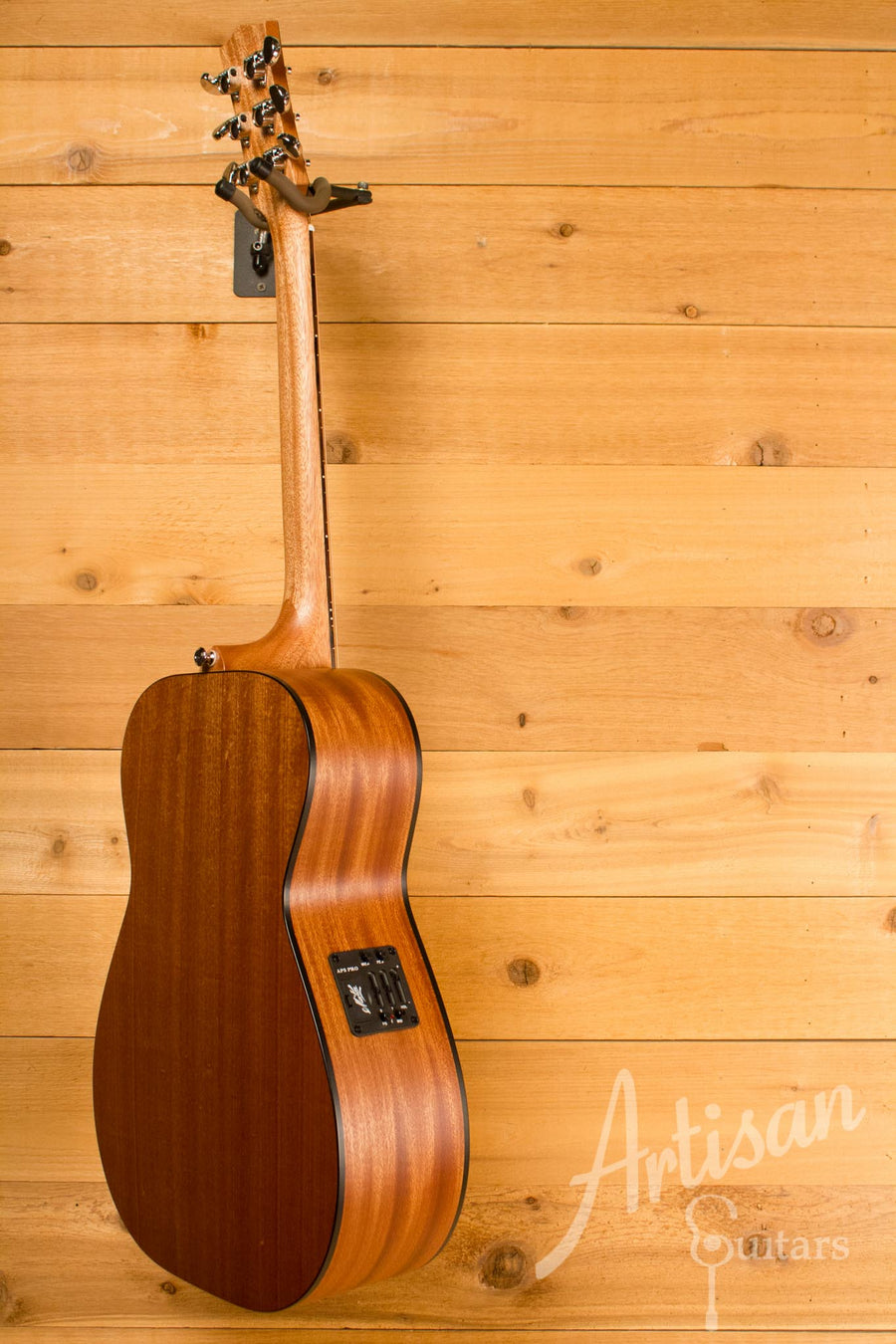 Maton M808 Guitar Sapele Top, Back, and Sides with AP5 Pro pickup ID-10720 - Artisan Guitars