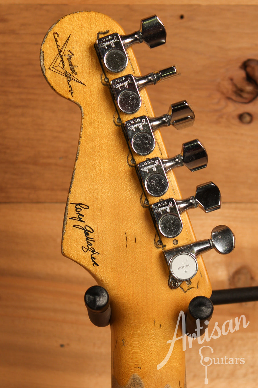 Fender Custom Shop Artist Collection Rory Gallagher Signature Stratocaster Heavy Relic 3 Color Sunburst Finish ID-11337 - Artisan Guitars