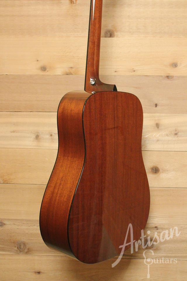 Pre-Owned 2013 Collings D1AV Adirondack and Mahogany with Varnish Finish ID-9788 - Artisan Guitars