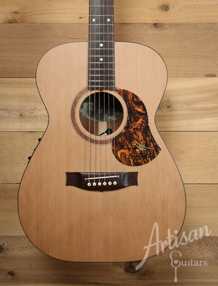 Maton SRS808 Western Red Cedar and Solid Blackwood ID-9892 - Artisan Guitars
