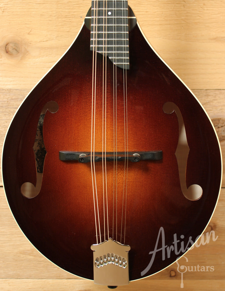 Collings MT Mandolin Engelmann Spruce and Maple A Style with Custom Sunburst Gloss Top ID-9221 - Artisan Guitars