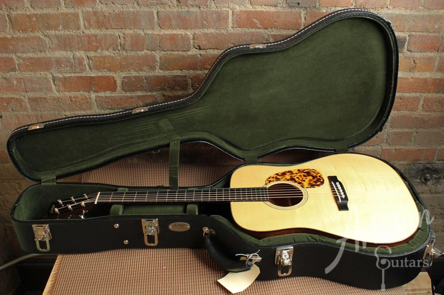 Pre-Owned 2008 Collings CW with Adirondack and Mahogany ID-9960 - Artisan Guitars