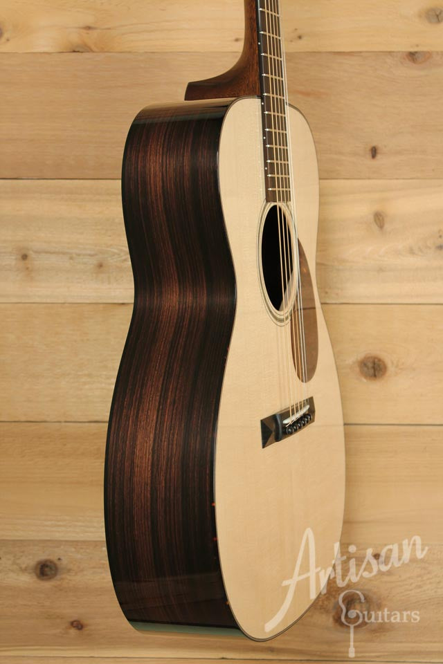 Collings OM1 A Guitar VN Adirondack Spruce and Indian Rosewood ID-9972