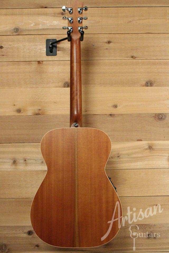 Pre-Owned 2014 Maton EBG808TE Tommy Emmanuel Signature Sitka and Queensland Maple ID-9977