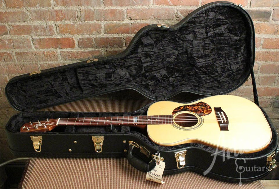 Pre-Owned 2014 Maton EBG808TE Tommy Emmanuel Signature Sitka and Queensland Maple ID-9977 - Artisan Guitars