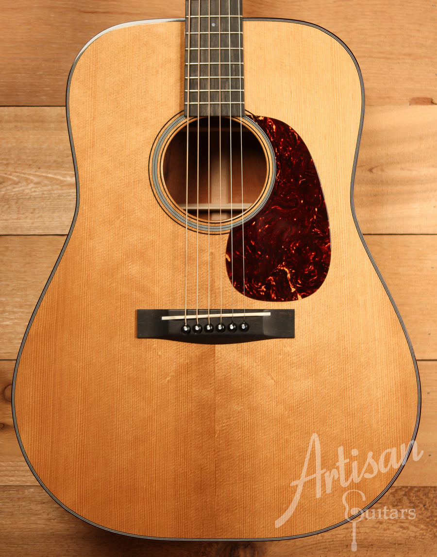 Huss and Dalton TD M Guitar with Thermo-cured Red Spruce and Sinker Mahogany Pre-Owned 2015 ID-11435