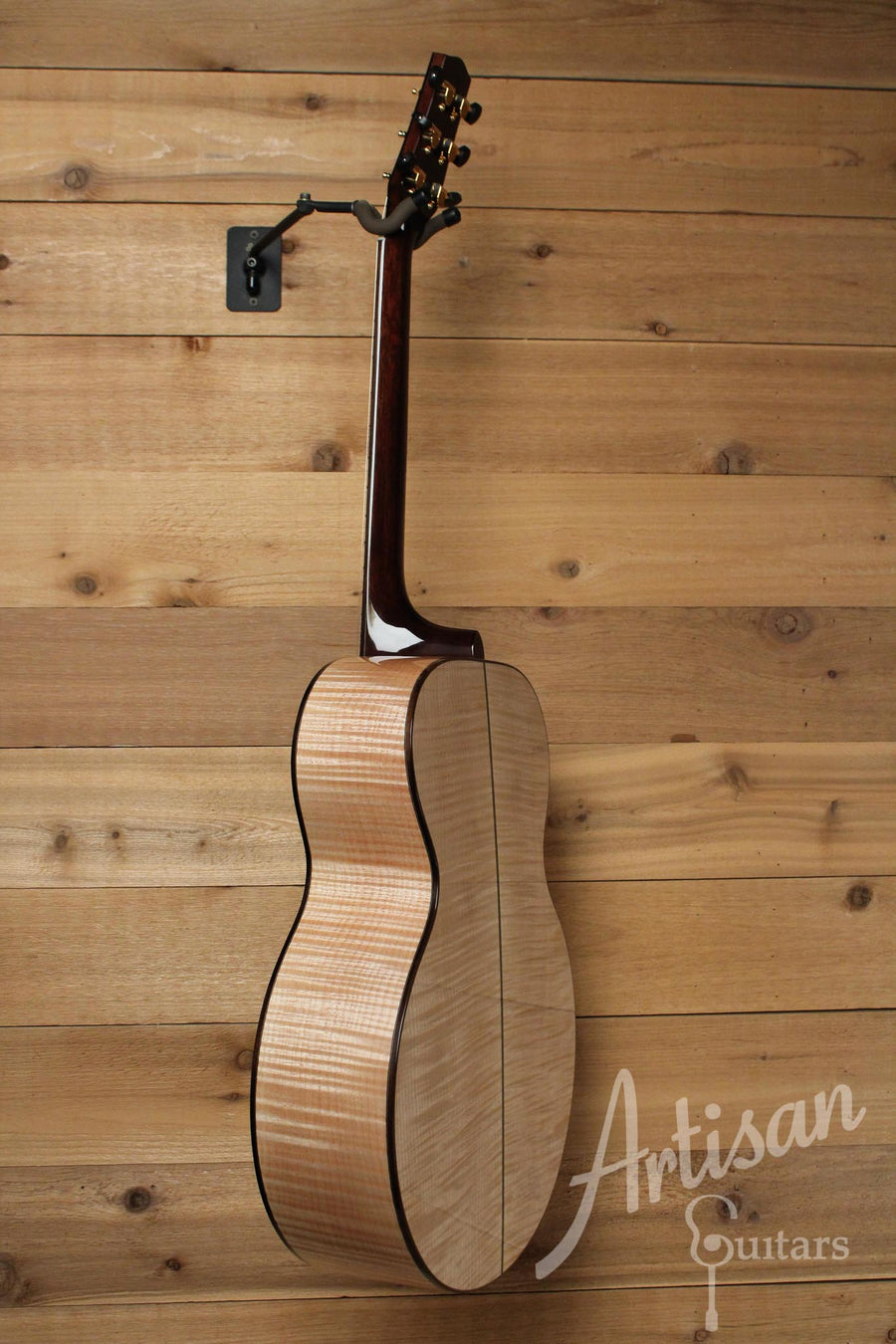 Pre-Owned 2014 Huss and Dalton MJ Custom Bearclaw Sitka Spruce and Maple ID-10056