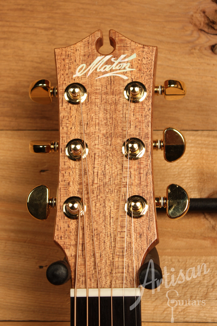 Maton EBG 808C MIC FIX Michael Fix Signature Guitar Sitka and Queensland Maple with Cutaway ID-11463
